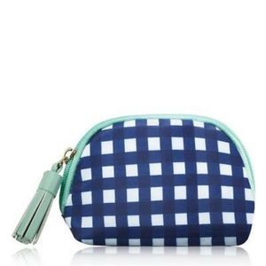 💥5 for 25💥New in Package Avon Gingham Makeup bag